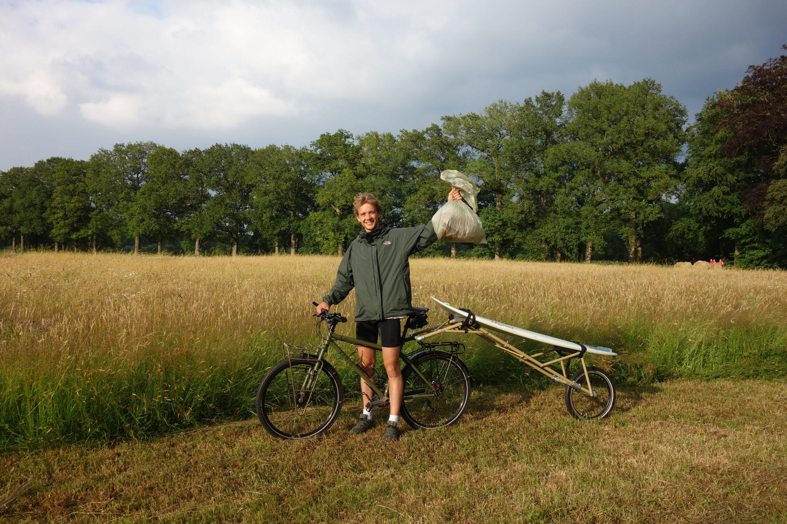 Robin Aanstoot en fietskar